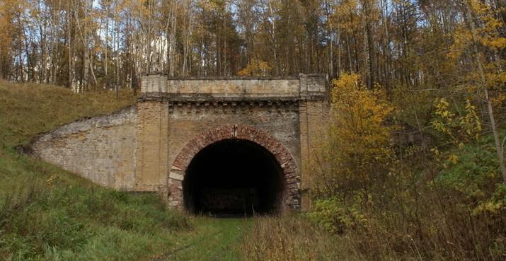 Aukštųjų Panerių geležinkelio tunelis. 2012 m