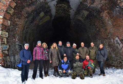 2019 m. Aukštųjų Panerių geležinkelio tunelyje vykdyto šikšnosparnių monitoringo  dalyviai.